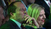 ראש עיריית ירושלים ניר ברקת ואשת ראש הממשלה שרה נתניהו (צילום: אוהד צויגנברג)