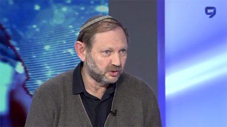 זאב חנין חוגג את הצהרת בלפור החדשה בערוץ 9 (צילום מסך)