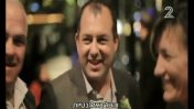 """אמיר ברמלי בכתבה ב""""אולפן שישי"""", 20.11.15 (צילום מסך)"""