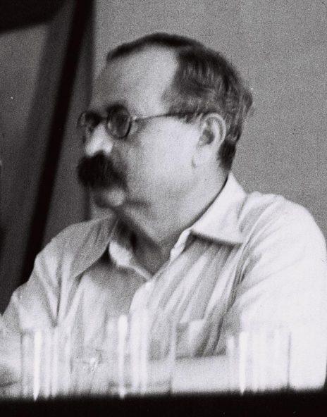 """אשר ברש, 1948 (צילום: זולטן קלוגר, לע""""מ)"""