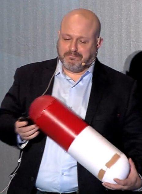 פרופ' איל שוורצברג, הרוקח הראשי לשעבר במשרד הבריאות (צילום מסך מתוך ערוץ היוטיוב של פורום Reboot)
