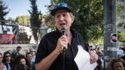 """אליעד שרגא, יו""""ר התנועה לאיכות השלטון, נואם בהפגנה בירושלים. מאי 2017 (צילום: הדס פרוש)"""