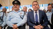 """השר לביטחון פנים גלעד ארדן ומפכ""""ל המשטרה רוני אלשיך, 5.9.18 (צילום: יונתן זינדל)"""