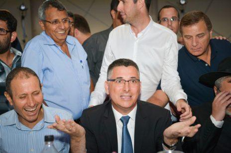 גדעון סער באירוע עם תומכיו בליכוד, ספטמבר 2017 (צילום: פלאש 90)