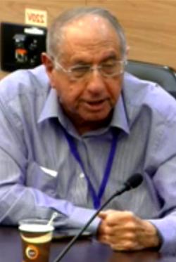 """מנכ""""ל """"ידיעות אחרונות"""", ינון אנגל, בדיון בוועדת העלייה והקליטה של הכנסת (צילום מסך מתוך אתר הכנסת)"""