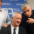 שלושה מראשי רשימת כחול-לבן (מימין): יאיר לפיד, בני גנץ וגבי אשכנזי (צילום: פלאש 90)