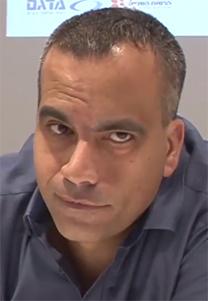 """גולן יוכפז, מנכ""""ל חדשות 13 (צילום מסך)"""