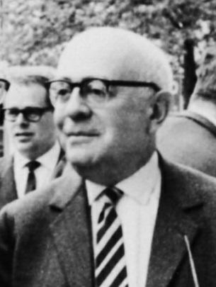תיאודור אדורנו, 1964 (צילום: Jeremy J. Shapiro, רישיון CC BY-SA 3.0)