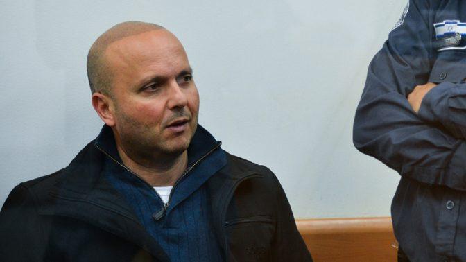 ראש עיריית אשקלון לשעבר איתמר שמעוני בבית-משפט השלום בראשון-לציון, 2016 (צילום: פלאש 90)