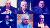 """במרכז למעלה וימינה בכיוון השעון: ארנון (נוני) מוזס, מו""""ל """"ידיעות אחרונות""""; שלדון אדלסון, הבעלים של """"ישראל היום"""" ו""""מקור ראשון""""; יצחק תשובה, שבתו היא מבעלי המניות הבכירים בקשת 12; שאול אלוביץ', לשעבר בעל השליטה ב""""וואלה""""; אלי עזור, בעל השליטה ב""""ג'רוזלם פוסט"""", """"מעריב"""" ורדיו 103FM; לן בלווטניק, בעל השליטה ברשת 13 (צילומים: פלאש 90 וצילום מסך)"""