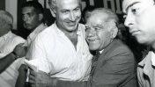 יצחק שמיר ובנימין נתניהו באסיפה של מפלגת הליכוד, 1986 (צילום: משה שי)