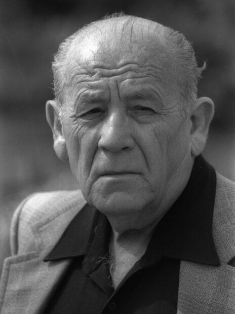 """יוסף אלמוגי, 1982 (צילום: יעקב סער, לע""""מ)"""