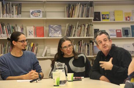 """מימין: יואב איתיאל, חן פטר, איתמר ב""""ז, כנס העיתונות העצמאית, 27.12.19 (צילום: יאיר ישראל גיל)"""