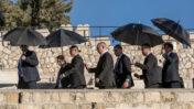 ראש ממשלת ישראל, בנימין נתניהו, מגיע להלווייתה של גאולה כהן בבית-הקברות בהר הזיתים. ירושלים, 19.12.2019 (צילום: אוליבייה פיטוסי)