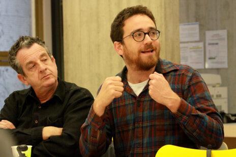 נתן אודנהיימר (מימין) ויואב איתיאל בכנס העיתונות העצמאית. בית אריאלה, תל-אביב, 27.12.2019 (צילום: יאיר גיל)