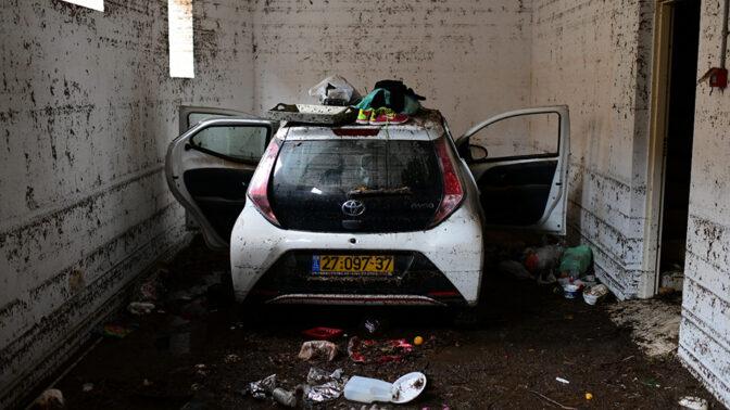 החניון בתל-אביב שבמעליתו טבעו למוות שני צעירים (צילום: תומר נויברג)