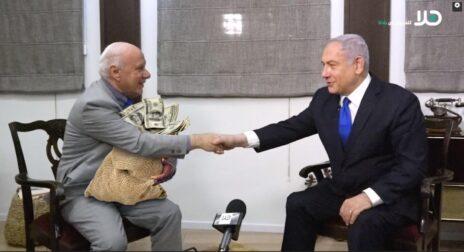 """מם סאטירי על הראיון שהעניק ראש הממשלה נתניהו למו""""ל קבוצת פנורמה בסאם ג'אבר (משמאל)"""
