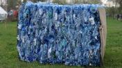 פסולת בקבוקי פלסטיק (צילום: נחלת הכלל)