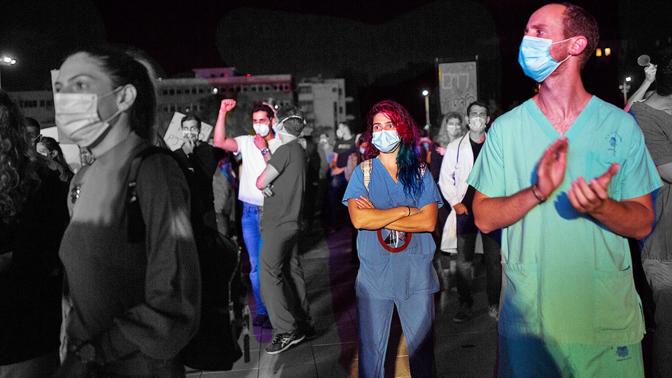 מחאת המתמחים, תל-אביב, 9.5.20 (צילום מקורי: מרים אלסטר)