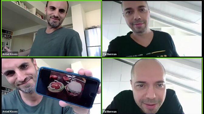 טל ברמן ואביעד קיסוס בשידור קדם-סדר באמצעות תכנת ZOOM בעמוד הפייסבוק של התכנית (צילומי מסך)
