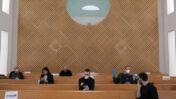 עיתונאים בבית-המשפט העליון בזמן משבר הקורונה, 19.3.2020 (צילום: אוליבייה פיטוסי)