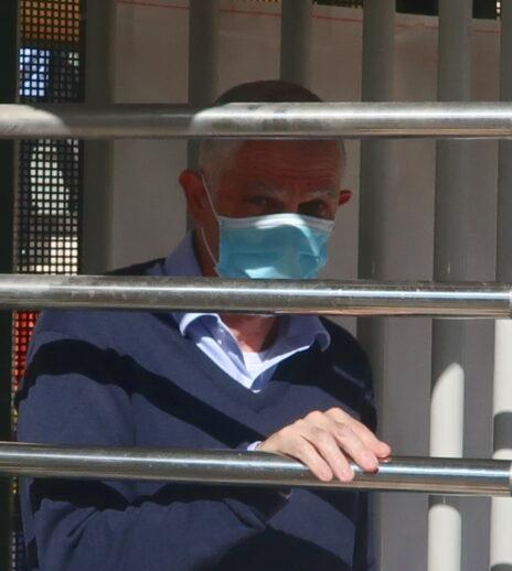 ארנון (נוני) מוזס, יוצא מבית-המשפט המחוזי, 24.5.2020 (צילום: אורן פרסיקו)