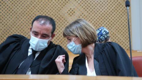 עורכי-הדין מיכל רוזן-עוזר וז'ק חן. דיון בעתירת בני הזוג אלוביץ' נגד הדלפות מתיק 4000, 14.9.2020 (צילום: אורן פרסיקו)