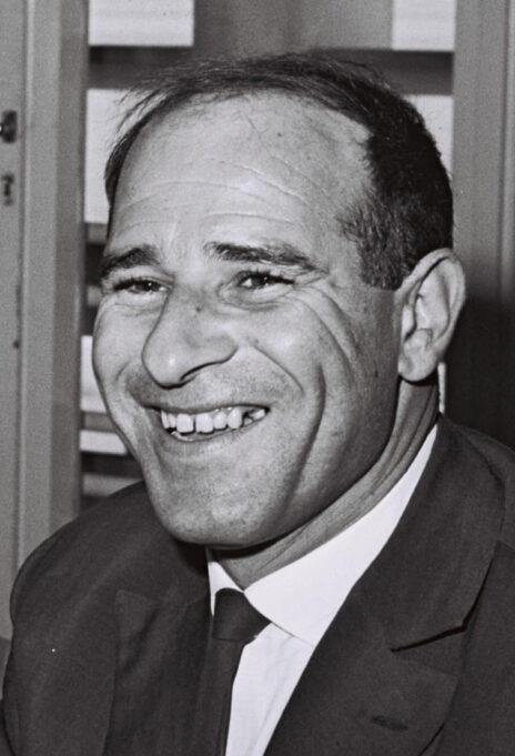 """ישעיהו (שייקה) בן-פורת, 1962 (צילום: משה פרידן, לע""""מ)"""