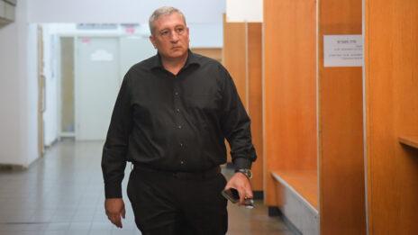 ניר חפץ בבית-המשפט המחוזי בתל-אביב (צילום: אבשלום ששוני)