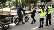 שוטרים אוכפים את תקנות סגר הקורונה, 15.1.21 (צילום: תומר נויברג)