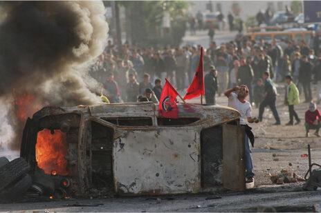 """מהומות ליד רמאללה, 24.10.2000 (צילום: אבי אוחיון, לע""""מ)"""