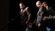 נתניהו יורד מהבמה בכנס בחירות, מרץ 2021 (צילום: דוד כהן)