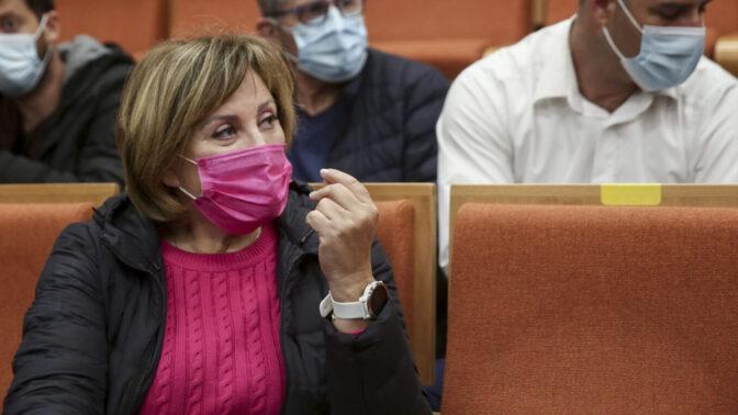 פאינה קירשנבאום היום בבית-המשפט המחוזי בתל-אביב, זמן קצר לפני הקראת הכרעת הדין והרשעתה בשורה של מעשי שוחד ומרמה (צילום: מרים אלסטר)
