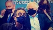 מימין: בני הזוג איריס ושאול אלוביץ', אילן ישועה ובנימין נתניהו (צילומים: יונתן זינדל)
