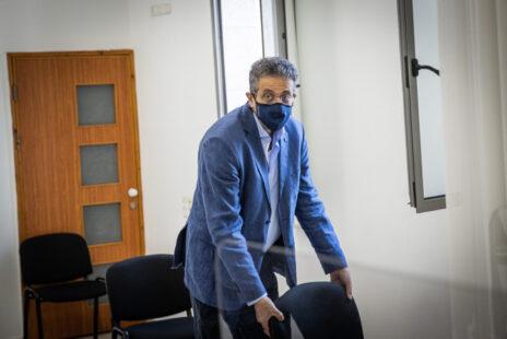 """אילן ישועה, מנכ""""ל """"וואלה"""" לשעבר והעד הראשון במשפט המו""""לים, בשבוע שעבר בבית-המשפט המחוזי בירושלים (צילום: יונתן זינדל)"""