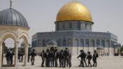 כוחות ביטחון ישראלים למרגלות מסגד אל-אקצא, בהר הבית בירושלים, 21.5.21 (צילום: ג'מאל עוואד)