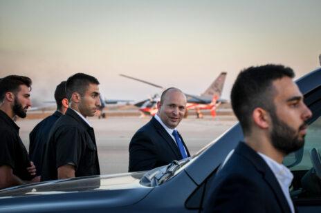 ראש הממשלה, נפתלי בנט, בטקס סיום קורס טיס בבסיס חצרים. 24.6.2021 (צילום: יוסי זליגר)