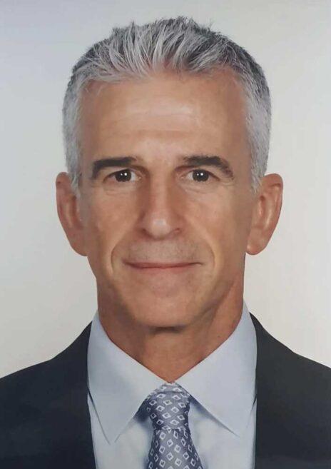 ראש המוסד, דוד ברנע, בתצלום שהופץ לכלי התקשורת עם חשיפת שמו