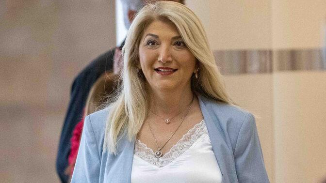 אסנת מארק (צילום: יונתן זינדל)