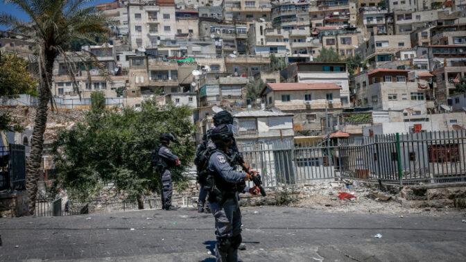"""שוטרי מג""""ב במזרח ירושלים (צילום: ג'מאל עוואד)"""