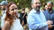 אהוד ברק וסתיו שפיר, בזמן שהתמודדו לכנסת ברשימת המחנה הדמוקרטי, 30.7.19 (צילום: פלאש 90)